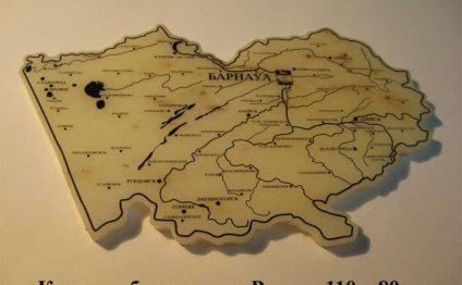 Карта вырезная из природного